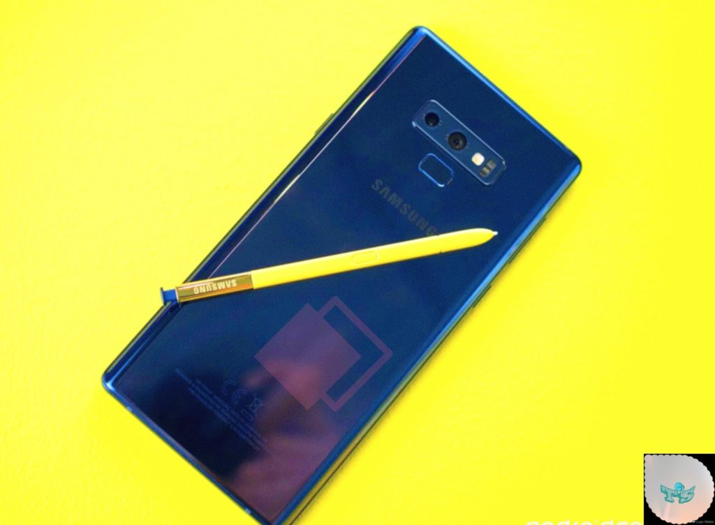 Samsung galaxy Note 9 is a no.8 best selfie camera phone